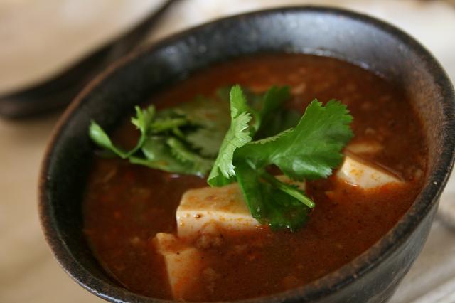 スープ風の麻婆豆腐