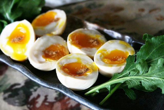 とろとろ半熟卵の中華スパイス