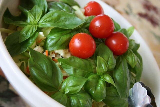 漬物とキャベツの酵素サラダ